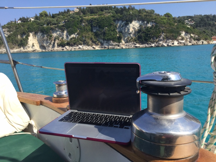 Laptop in Lakka
